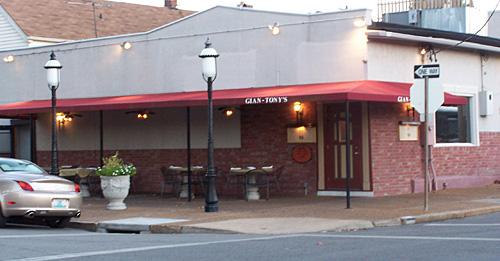 Gian Tony S Italian Restaurant Directions And Map St